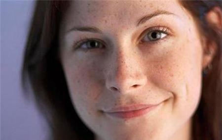 想要皮肤白皙没色斑,土豆加它来敷脸,不出半月肌肤白皙又水润