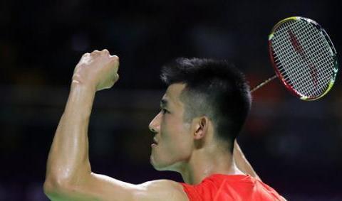 国羽男单3主力全晋级!谌龙时隔4年重返总决赛 林丹石宇奇大逆转
