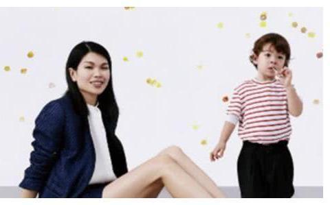 """世界级""""中国模特""""吕燕,长相不被大家接受的她,混血儿子太帅了"""