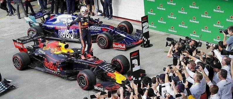 意不意外?本田干掉奔驰法拉利包揽F1巴西站冠亚;第66届澳门格兰披治大赛车精彩落幕;标致重返顶级耐力赛;亚洲勒芒周末揭幕