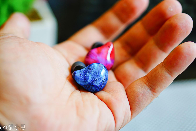 犹如宝石首饰一般的真无线蓝牙耳机,了解下?