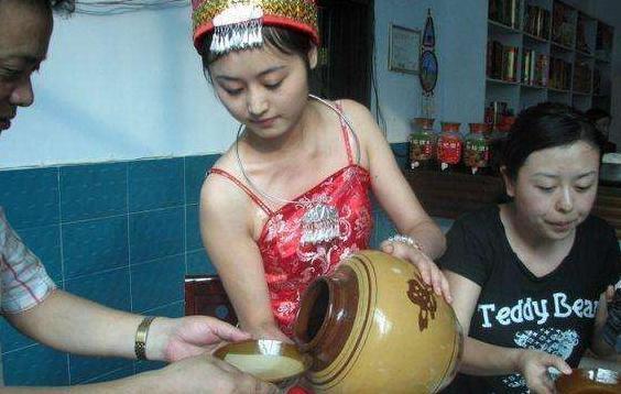 """印度的""""山寨中国"""": 长相似中国人, 当地女性拒绝与印度男性通婚"""