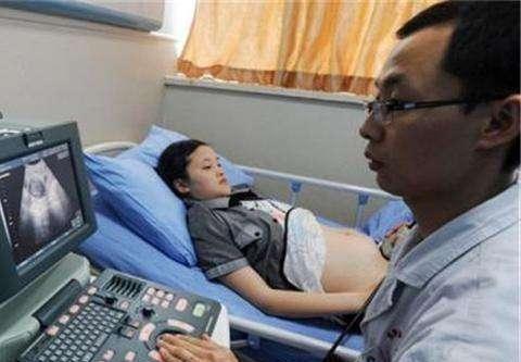 产检时看到孩子样貌,宝妈担心了,医生:生下来不会那么丑