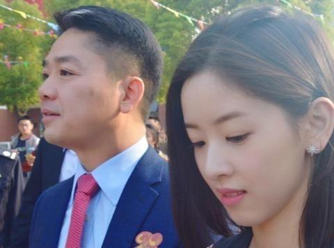 对刘强东影响最大的女人:助公司发展至今,京东的名字因她而来