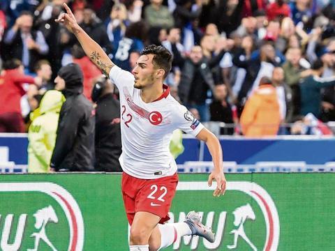 杜塞尔多夫后卫:梦想攻破诺伊尔球门,我们有机会