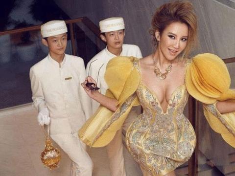 44岁李玟身材有多好?看她的比基尼照流出,才知道啥叫天生尤物