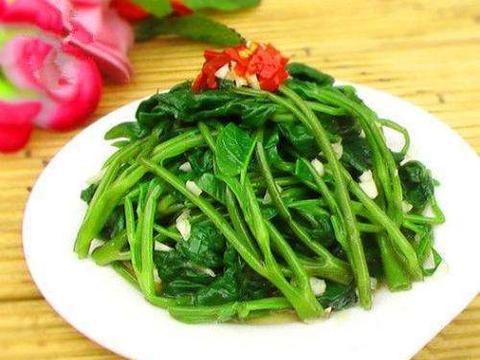 想长寿得会吃,推荐3种蔬菜,补钙护眼、排毒养颜,越吃越年轻