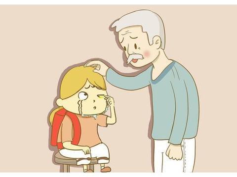孩子误把胶水滴入眼中,爷爷的做法让孩子保住了眼睛,得医生称赞