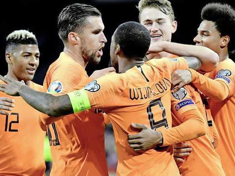 荷媒:荷兰和西班牙将在明年3月进行热身赛,备战欧洲杯