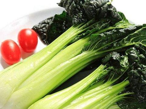 冬季腰突易发作?少吃四种食物,多补充4类营养,甩掉腰痛