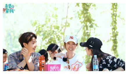 阚清子坦然接受三十岁女演员被选择的困境,并表示考虑想去冻卵