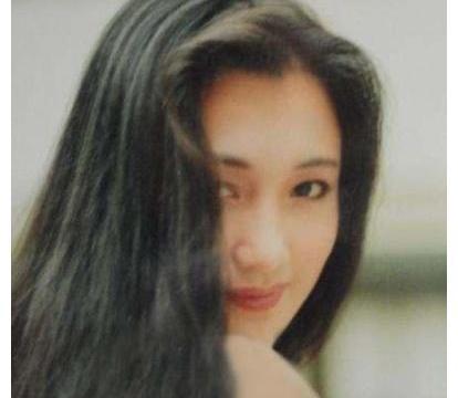 她是王志文初恋,为演杨贵妃增肥三十斤却患上哮喘,今生活成这样