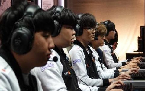 S9韩国战队全淘汰,最强赛区LCK两年未进决赛,韩国网友评论亮了