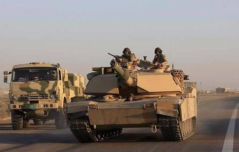 战场生财有道,美军在叙东部当油耗子