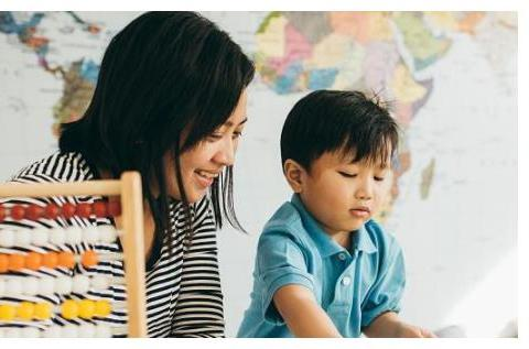 如何让孩子成为一个有责任感的人?父母一定要做好3点,很关键