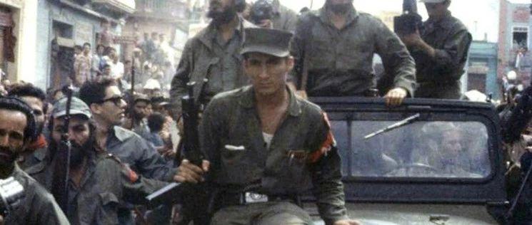 1959年古巴革命 卡斯特罗就这样杀进了哈瓦那  真的好拽