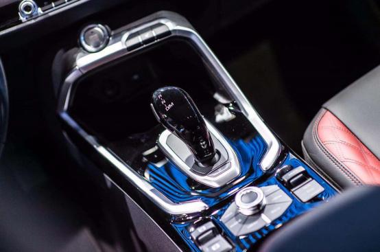 预售价13万-14.1万 全新哈弗H6 GT版7.6秒破百刷新神车速度