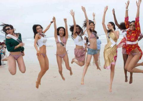 在巴西旅游时,如果你遇到个巴西美女并邀请你洗澡,不要拒绝