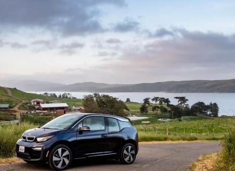宝马计划将来自牛粪的甲烷转化为清洁能源 为电动汽车提供动力