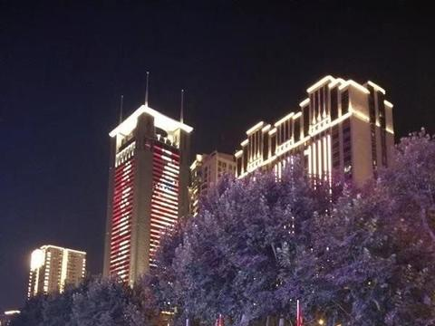 武汉国庆节街景