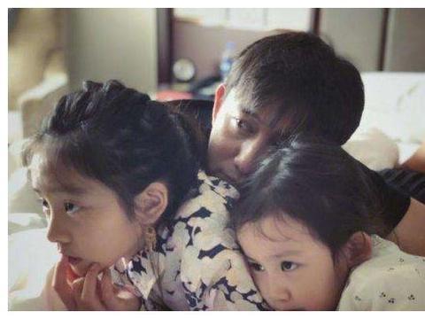 张怡宁生子:二胎家庭,该如何公平对待两个孩子?