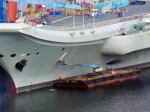 中国陆地航母发生巨变,西方专家发出赞叹,马伟明要记头功