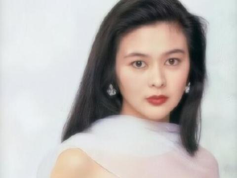 57岁关之琳近照曝光,昔日香港第一美女,如今变成这样