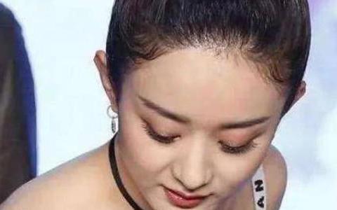 """当31岁景甜撞衫32岁赵丽颖,网友:身材和颜值""""针锋相对"""""""