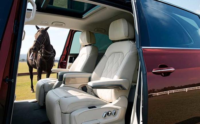 首台大众威昂MPV亮相,座椅比埃尔法还宽敞,售价与奥德赛看齐