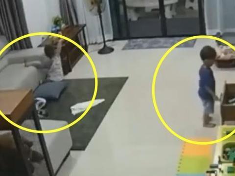 保姆打扫卫生忽略了宝宝,监控拍到的这一幕,让妈妈忍不住流泪