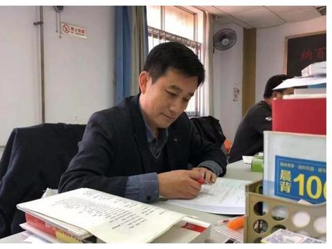 """寿光现代中学教师杨树忠:教师队伍里的""""超级老黄牛"""""""