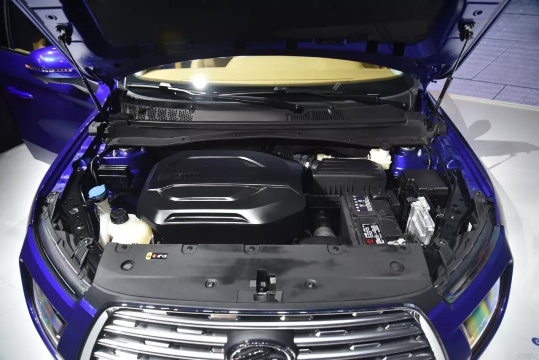 8万元享有头等舱+前后独悬高品质SUV?陆风荣曜玩的就是诚意!