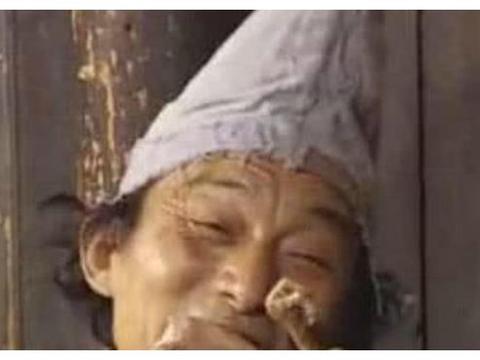 被北影当教材的5大镜头:周星驰苦笑、游本昌吃臭肉、王宝强叼烟