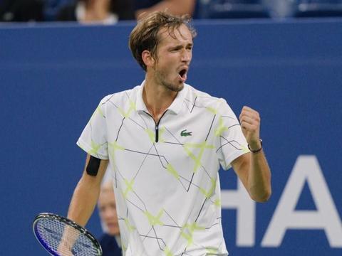 费德勒、纳达尔和德约科维奇传奇延续 ATP年终前十中五人新入选