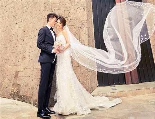 林心如的婚礼,赵薇到场礼金给了10万,而她的婚礼却给了200万!