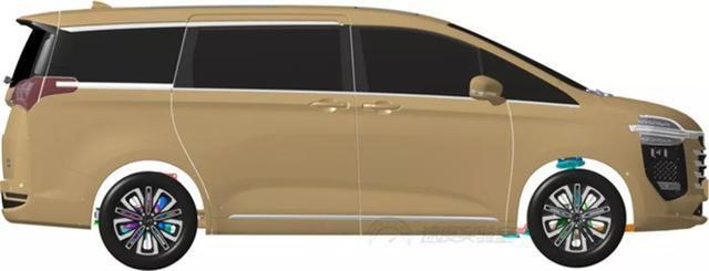 众泰豪华级MPVM900曝光,这车够大,家用商用都很棒