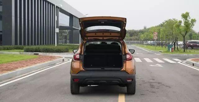 11万可入手,这SUV原装进口,全系都是自动挡,百公里油耗仅7.1L