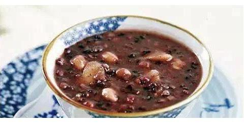 来一碗温暖的腊八粥,冬季养生必备