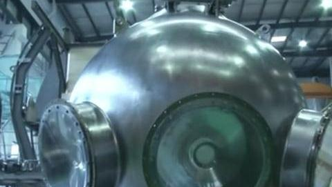 """我国万米级载人舱建造完成,""""蛟龙""""号的深潜记录即将被打破"""