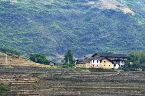 去中印边界旅游,看看印度的农村和中国的农村,差别比想象中大