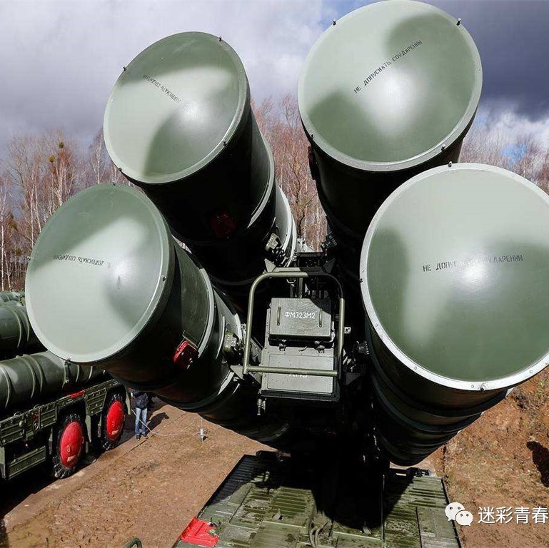 S-400发出刺耳警报,数十架美制战机袭来,火控雷达开启瞄准开火