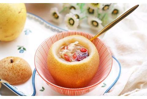 冰糖银耳雪梨羹做法简单,对肺部燥热、咳嗽痰黄稠等均有良效