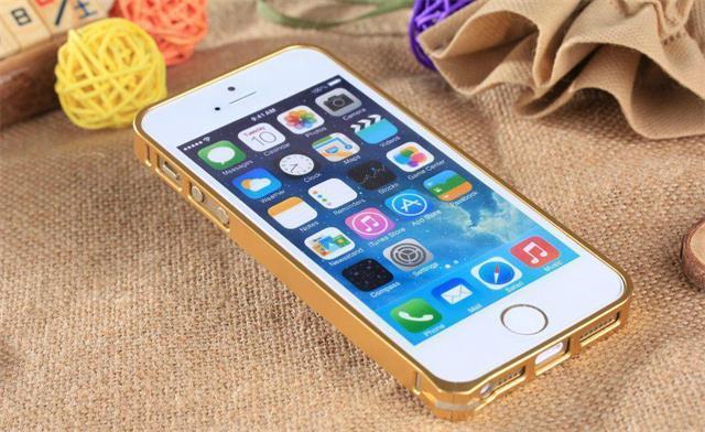 """25元买到""""苹果手机"""",开机的一瞬间,仿佛回到乔布斯时代"""