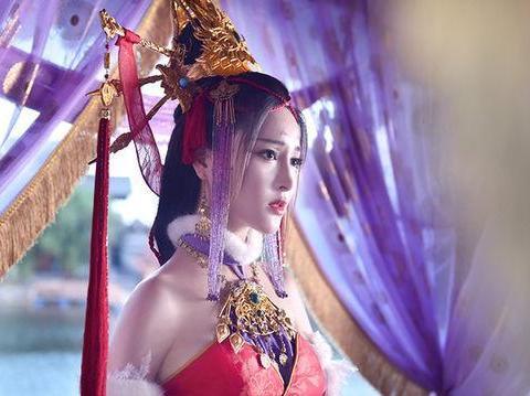 甘婷婷版《画江湖之不良人》女帝霸气造型 是你心目中的女帝?