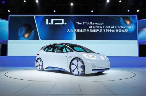 全力发展电动汽车,削减燃油产业,这样做的大众会带来怎样体验