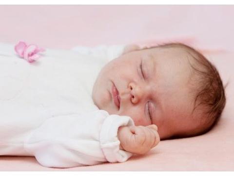 新生儿重症黄疸导致脑神经受损,和妈妈的血型有关,很多人不知道