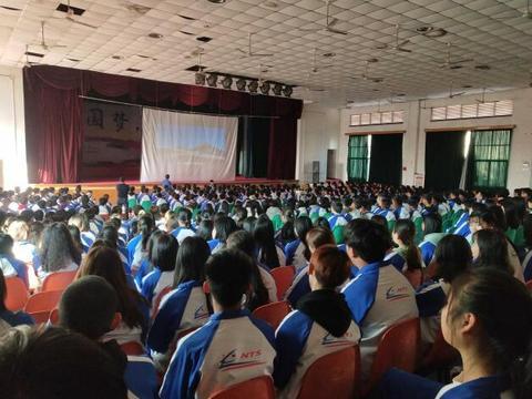 福建三钢集团有限公司铁路运输部来南昌轨道学校进行人才选拔