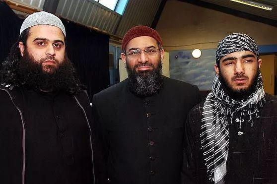 伦敦桥恐袭疑犯:他杀的两位剑桥学生 自己曾写诗感谢