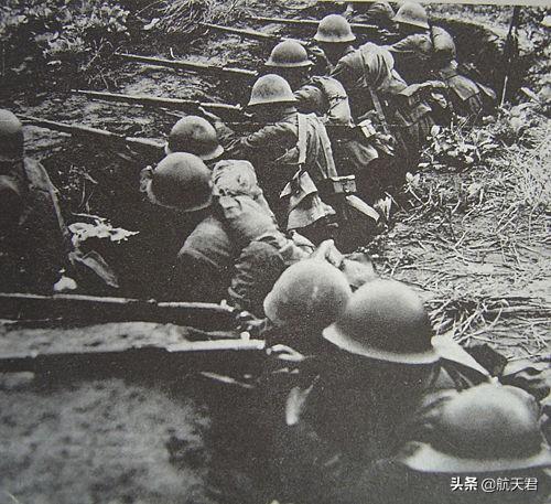 血战淞沪,万名敢死队全部牺牲,战死军长1人,师长4人,团长28人