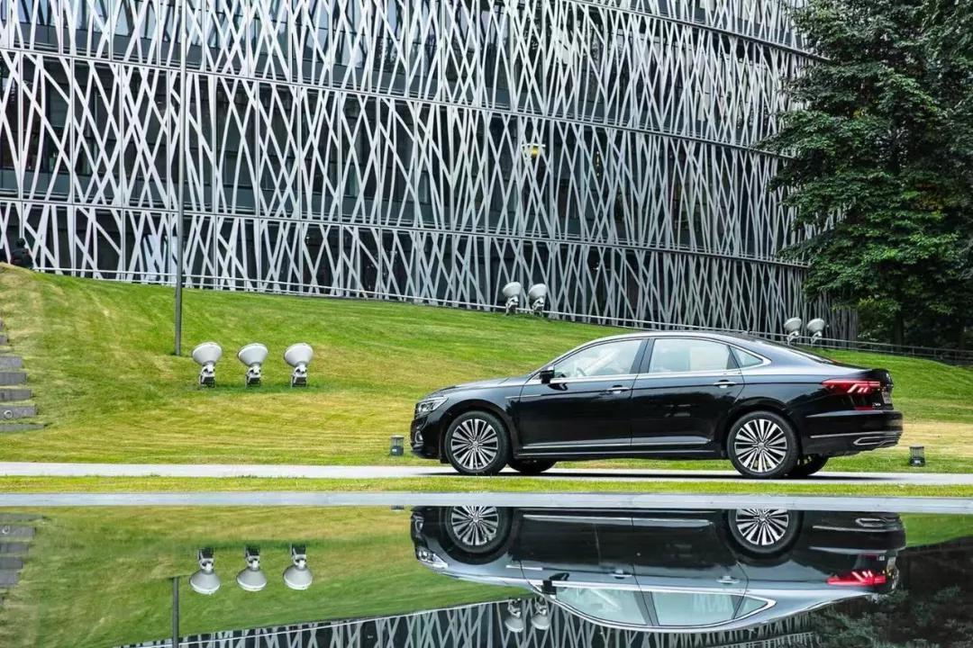 双车试驾  上汽大众帕萨特&途岳,光环背后有怎样的产品力?